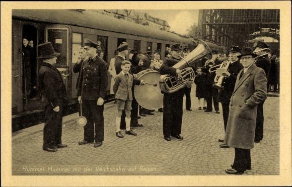Ak Hamburg, Hummel Hummel mit der Reichsbahn auf Reisen