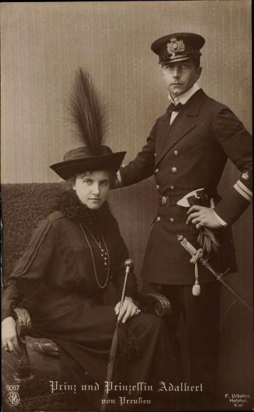 Ak Adalbert Prinz v. Preußen, Prinzessin Adelheid Erna Carolina Marie Elisabeth v. Sachsen-Meiningen