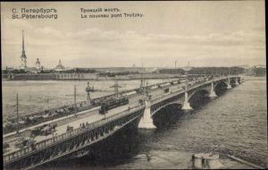 Ak Sankt Petersburg Russland, Le nouveau pont Troitzky