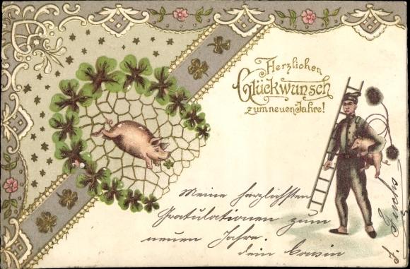 Präge Ak Glückwunsch Neujahr, Schornsteinfeger, Schwein, Klee, Hufeisen