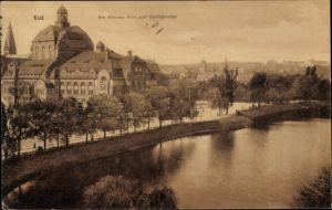 Ak Kiel in Schleswig Holstein, Am Kleinen Kiel mit Stadttheater