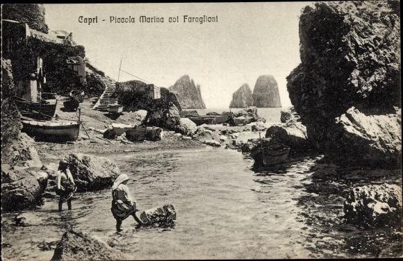 Ak Capri Neapel Campania, Piccola Marina col Faraglioni