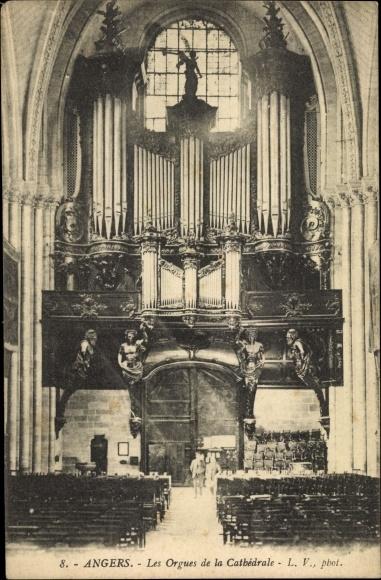 Ak Angers Maine et Loire, Les Orgues de la Cathedrale, Orgel, Kathedrale, Innenansicht