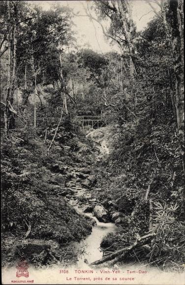 Ak Tonkin Vietnam, Vinh-Yen, Tam-Dao, Le Torrent, près de sa source