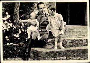 Ak SAR Umberto di Savoia, Augusti figli Vittorio Emanuele e Maria Pia
