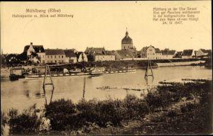 Ak Mühlberg an der Elbe Brandenburg, Hafenpartie mit Blick auf den Mühlberg