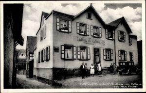 Ak Dörrenbach in Rheinland Pfalz, Gasthaus zum Rathaus mit Belegschaft