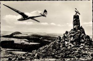 Ak Gersfeld in der Rhön Hessen, Fliegerdenkmal, Flugzeug