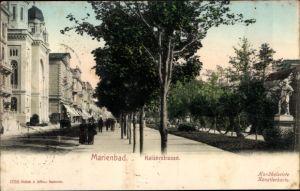 Ak Mariánské Lázně Marienbad Reg. Karlsbad, Blick in die Kaiserstraße