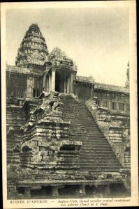 Ak Angkor Wat Kambodscha, Grand escalier central conduisant aux galeries Ouest