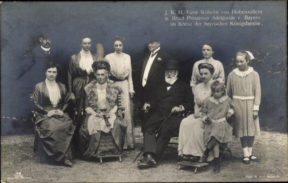 Ak Fürst Wilhelm von Hohenzollern, Prinzessin Adelgunde von Bayern, Königsfamilie