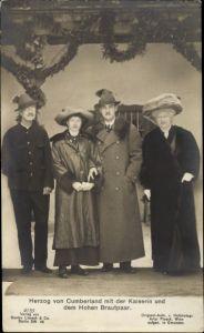 Ak Herzog Ernst August von Braunschweig, Herzog von Cumberland, Viktoria Luise, Kaiserin