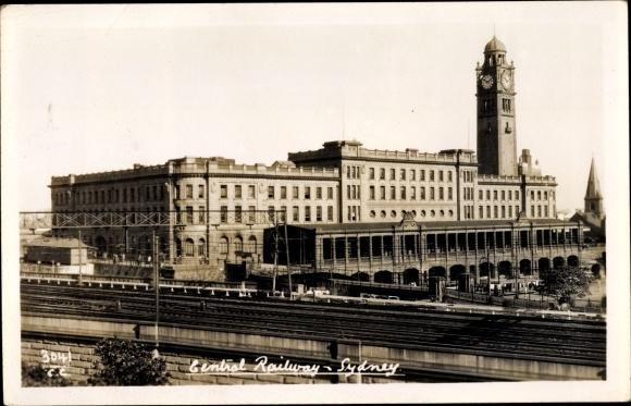 Ak Sydney Australien, Central Railway, Blick auf den Bahnhof, Gleisseite
