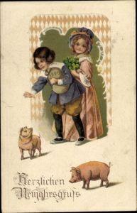 Präge Ak Glückwunsch Neujahr, Kinder, Schweine, Geldsack, Kleeblätter