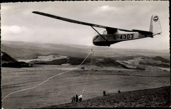 Ak Wasserkuppe Rhön, Segelflug, D-4303, Beim Start am Seil