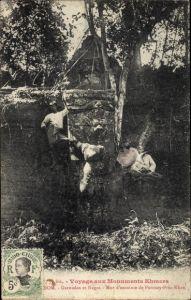 Ak Kambodscha, Angkor Thom, Garoudas et Nagas, Mur d'enceinte de Ponteay Prea Khan