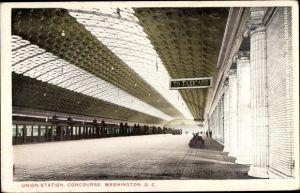 Ak Washington DC USA, Union Station, Concourse, Bahnhof, Innenansicht, Gleisseite