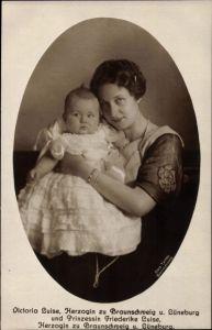Ak Prinzessin Victoria Luise von Preußen, Prinzessin Friederike Luise, Herzogin zu Braunschweig