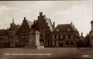 Ak Kleve am Niederrhein, Kleiner Markt mit Denkmal Großer Kurfürst