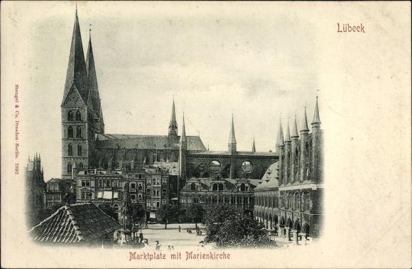 Ak Lübeck in Schleswig Holstein, Blick auf Marktplatz und Marienkirche