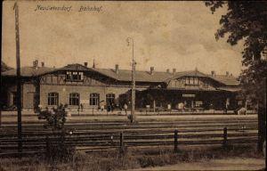Ak Neudietendorf Nesse Apfelstädt Thüringen, Bahnhof von der Gleisseite, Bahnsteig
