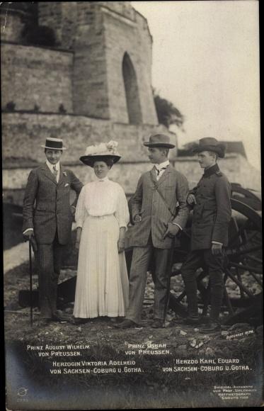 Ak August Wilhelm Prinz von Preußen, Oskar Prinz von Preußen, Herzog Karl Eduard v. Sachsen Coburg