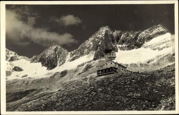 Ak Brandberg in Tirol, Plauenerhütte mit Gamsscharte, Zillertal