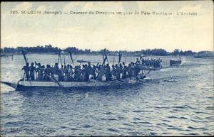 Ak St. Louis Senegal, Courses de Pirogues un jour de Fète Nautique