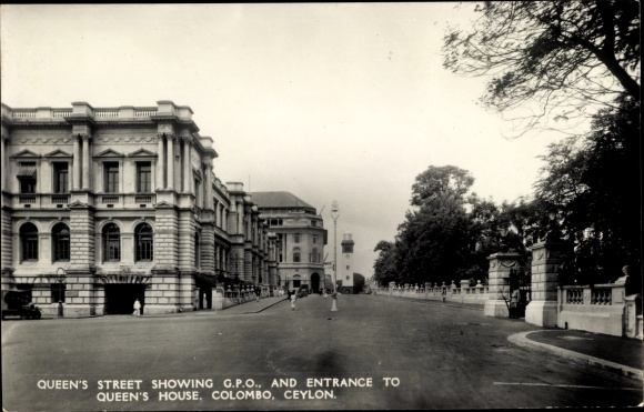 Ak Colombo Ceylon Sri Lanka, Queen's Street shwoing GPO and entrance to Queen's House 0