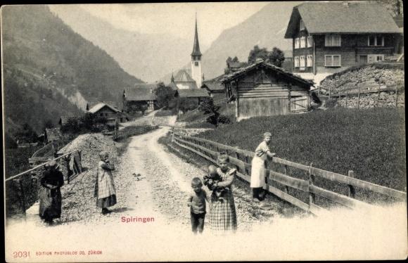 Ak Spiringen Kt. Uri Schweiz, Ortseingang