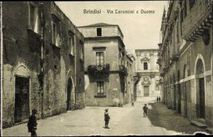 Ak Brindisi Puglia, Via Tarantini e Duomo