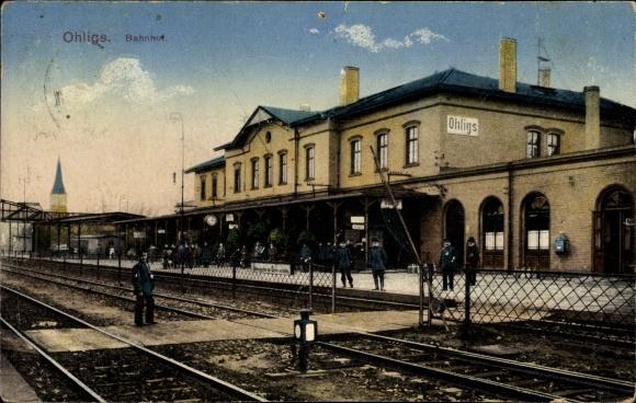 Ak Ohligs Solingen Bergisches Land, Blick auf den Bahnhof, Gleisseite