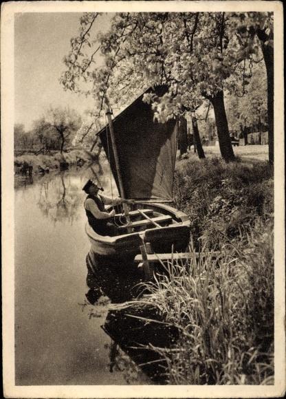 Ak Segelboot zur Baumblüte an der Niederelbe, Segler mit Tabakpfeife