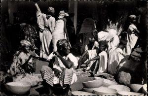 Ak Abidjan Elfenbeinküste, Marché de Treichville, Marktleben