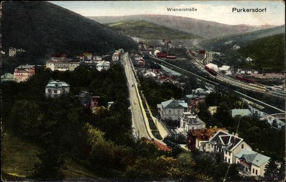 Ak Purkersdorf in Niederösterreich, Wiener Straße, Bahnstrecke, Panorama vom Ort
