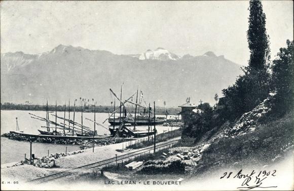 Ak Le Bouveret Kt. Wallis Schweiz, Lac Leman, Genfersee, Hafenpartie, Bahnstrecke