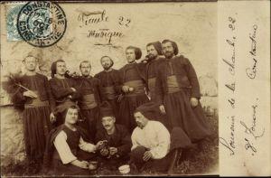 Foto Ak 8. Zouaves, Zouaven in Uniformen, französische Soldaten