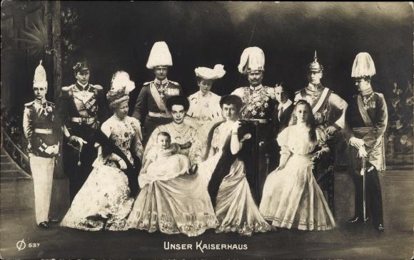 Ak Kaiserhaus, Kaiser Wilhelm II., Kaiserin Auguste Viktoria, Kronprinz Wilhelm, Cecilie von Preußen