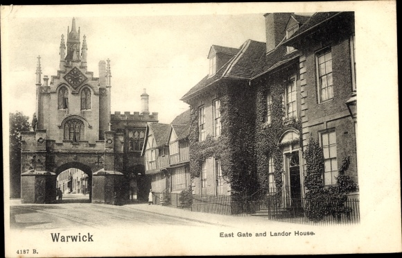 Ak Warwick Warwickshire England, East Gate and Landor House