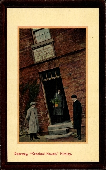 Passepartout Ak Himley Staffordshire England, Crooked House, Doorway