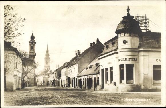 Ak Stockerau in Niederösterreich, Straßenpartie, Café Wimmer