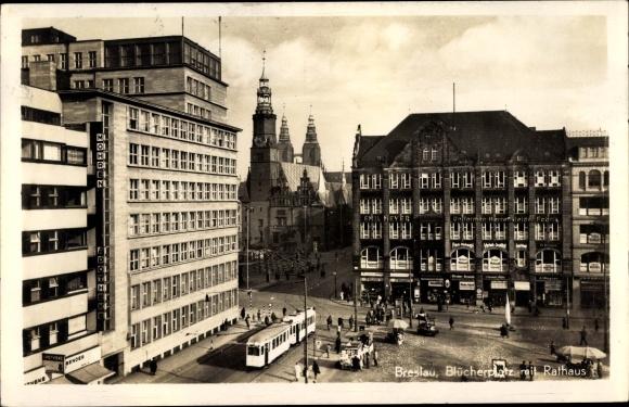 Ak Wrocław Breslau Schlesien, Blücherplatz mit Rathaus, Straßenbahn