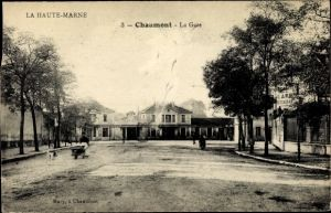 Ak Chaumont Haute Marne, La Gare, Blick auf den Bahnhof