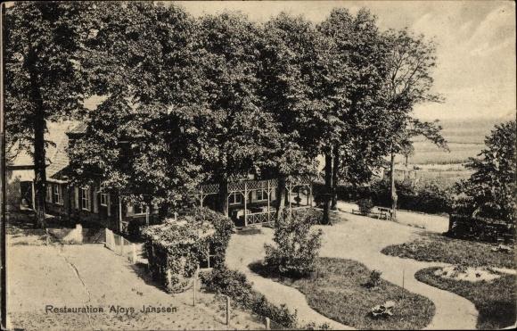 Ak Wyler Kranenburg im Kreis Kleve, Startjeshof, Restauration Aloys Janssen, Gartenansicht