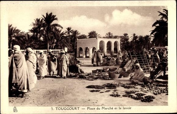 Ak Touggourt Algerien, Place du Marche et le Lavoir