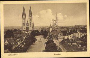 Ak Halberstadt in Sachsen Anhalt, Totalansicht der Stadt, Vogelschau, Domplatz, St. Martinikirche