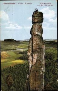 Ak Königstein an der Elbe Sächsische Schweiz, Kletterpartie an der Barbarine