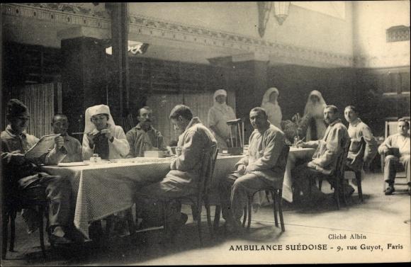 Ak Ambulance Suedoise, Krankenschwestern, Soldaten