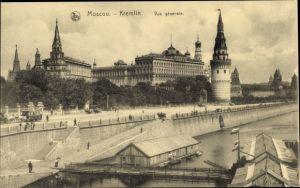 Ak Moskau Russland, Kremlin, Vue générale, Bootshafen, Pferdewagen