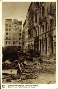 Ak Riga Lettland, General von Hutier Straße nach dem Kampf, Kriegszerstörungen, I. WK, Fahrzeuge